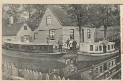112 Westzaan aanlegplaats der boot