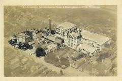 125 Luchtfoto Fabriekscomplex Cacao- en Chocoladefabriek Pette Wormerveer